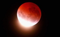 Кратчайшее лунное затмение века