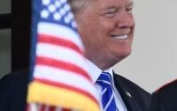 Трамп ведет США к третьей мировой войне, - сенатор