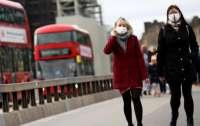Великобритания урезала туристические сроки самоизоляции