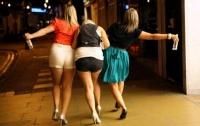 Пьющие девушки рискуют подцепить рак груди