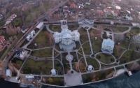 Межигорье-2: Активисты сняли роскошное имение Порошенко (ВИДЕО)