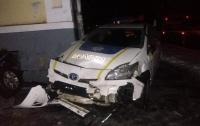 Наперерез нарушители: В Полтаве полицейские протаранили автомобиль нарушителя