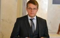 Народний депутат пропагує антинародні закони