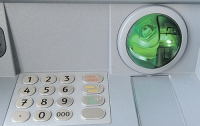 В Украине стремительно выросло количество опасных банкоматов