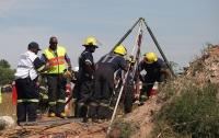 При обвале на руднике в ЮАР пропали более 100 человек