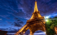 Эйфелева башня погасит свои прожектора