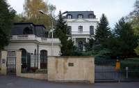 Квартирный вопрос. Почему посольство России в Праге заняло виллу бизнесмена-еврея