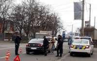 В Хмельницком девушка-водитель врезалась в полицейских