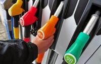 Цены на бензин в Украине начали стремительно падать