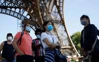 Париж объявили зоной максимальной опасности
