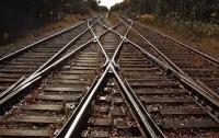 Умерла на месте происшествия: во Львовской области поезд сбил школьницу