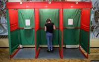 Независимых наблюдателей за выборами в Беларуси задерживают