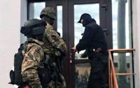 Под Киевом банда украла из супермаркета терминал с деньгами
