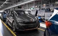 Cupra начала серийное производство полностью электрической модели Born в Германии
