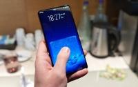 Компания Vivo показала смартфон Apex без рамок и с выдвижной камерой