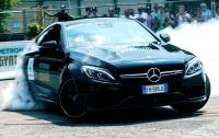 Mercedes-Benz показал свои лучшие автомобили (ВИДЕО)