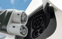 Изобретена технология подзарядки электроавтомобилей за секунды