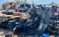 В Сомали произошел масштабный теракт, около 100 погибших