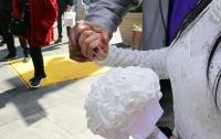 Невеста заставила гостей скинуться на шикарную свадьбу и отменила ее