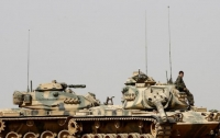 Турция направила 80 танков к границе с Сирией