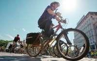 В Киеве из-за велосипедистов изменились ПДД на десяти перекрестках