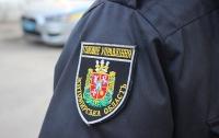 Крышевал бизнесмена: в Житомирской области задержали участкового полиции