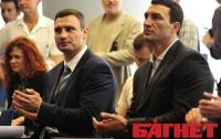В четверг Кличко расскажет, будет ли матч-реванш с Поветкиным