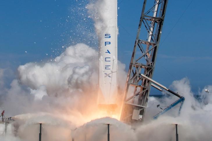 SpaceX запустит самый мощнейший компьютер, когда-либо отправленный наорбиту