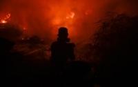 Лесной пожар угрожает природному парку в Испании