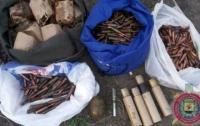Арсенал оружия нашли на территории мариупольского предприятия