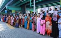 Верующие индусы протестуют против женщин