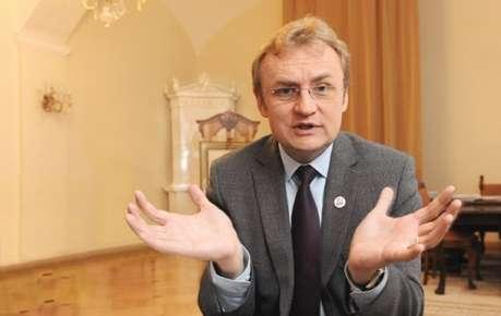 Андрей Садовый попался на лжи: львовские медики признали, что использовали весь препарат, который мэр обещал вернуть производителю