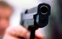 Трое парней устроили стрельбу в парке в Житомирской области