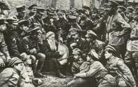 В Днепропетровске осквернили могилу воинов Украинской народной республики