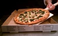 Курьер не доставил заказчикам пиццу потому, что умер (видео)