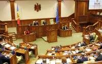 Парламент Молдовы признал русский языком межнационального общения