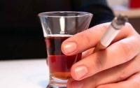 Назван алкоголь, от которого быстрее возникает зависимость