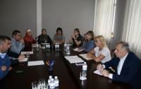 Омбудсмен встретилась с родственниками украинских пленников Кремля, обменялись контактами