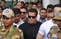 Популярному индийскому актеру дали пять лет тюрьмы за убийство антилопы