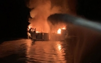 Погибли люди в пожаре на лодке