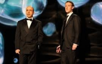 Цукерберг и Мильнер вручили крупнейшую научную премию в мире