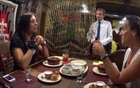 Более ста человек сбежали из испанского ресторана, не заплатив