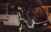 В центре Киева сгорел Mercedes