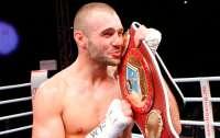 Известный боксер задержал мелкого воришку голыми руками