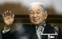 Японский император пожаловался на недомогание
