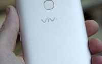 Пара смартфонов Vivo показались в бенчмарке