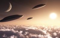 Над Сербией в небе зафиксировали массовое явление НЛО (видео)