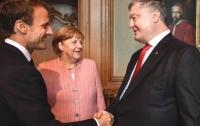 В Германии начались переговоры Порошенко, Меркель и Макрона
