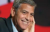 СМИ: Джордж Клуни снимет сериал по