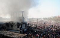 В Бангладеш новый пожар на фабрике: погибли женщины